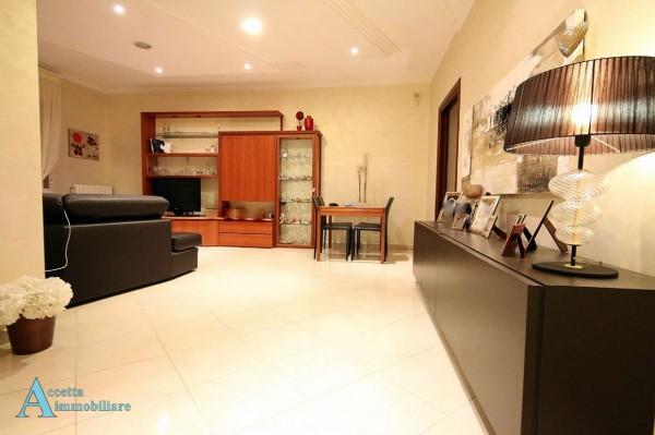 Appartamento in vendita a Taranto, Semi-centrale, 120 mq