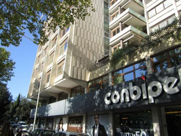 Ufficio in vendita a Roma, Colombo, 200 mq
