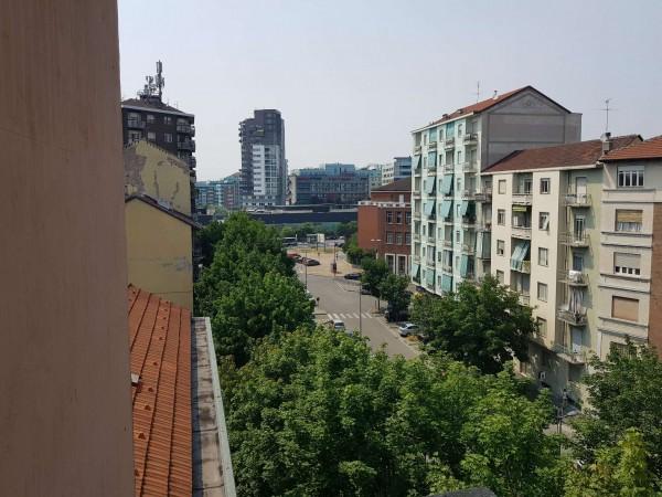 Appartamento in vendita a Torino, Borgo Vittoria, 85 mq