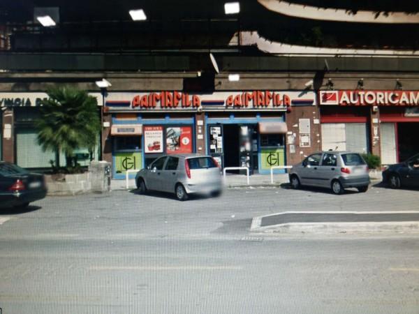 Negozio in vendita a Roma, Cecchignola, 520 mq