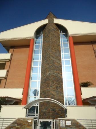 Appartamento in vendita a Tortoreto, Mare, Con giardino, 60 mq