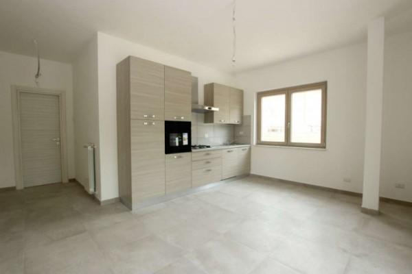 Appartamento in affitto a Roma, Valle Muricana, 70 mq