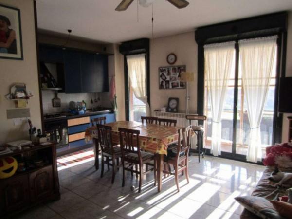 Appartamento in vendita a Milano, Zona Missaglia, Con giardino, 80 mq