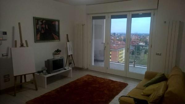 Appartamento in affitto a Pregnana Milanese, Residenziale, Arredato, con giardino, 150 mq - Foto 1