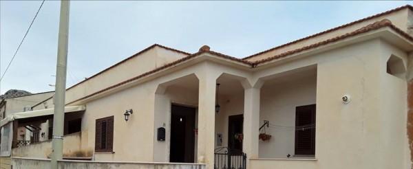 Casa indipendente in vendita a Custonaci, 128 mq