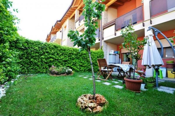 Appartamento in vendita a Cesate, Stazione, Con giardino, 80 mq