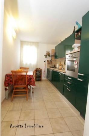 Appartamento in vendita a Taranto, Centrale, Arredato, 108 mq - Foto 8