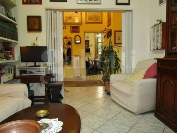 Appartamento in vendita a firenze con giardino 80 mq for Giardino 80 mq