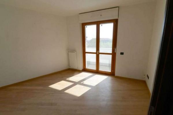 Appartamento in vendita a Torino, Barriera Di Milano, Con giardino, 60 mq