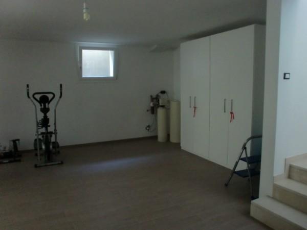 Casa indipendente in vendita a Rimini, Rimini Aeroporto, Con giardino, 460 mq - Foto 2