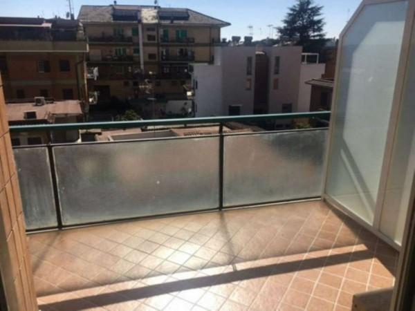 Appartamento in vendita a Roma, Pisana, 65 mq