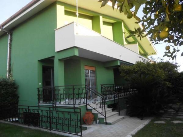 Villa in vendita a Anzio, Cincinnato Mare, Con giardino, 135 mq