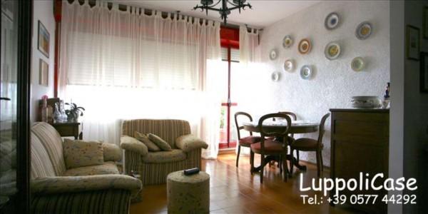 Appartamento in vendita a Siena, 80 mq - Foto 1