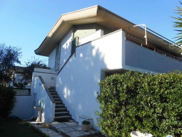 Villa in vendita a Anzio, Lavinio Mare, Con giardino, 60 mq