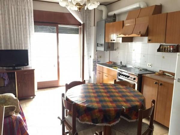 Appartamento in vendita a Chioggia, Con giardino, 60 mq