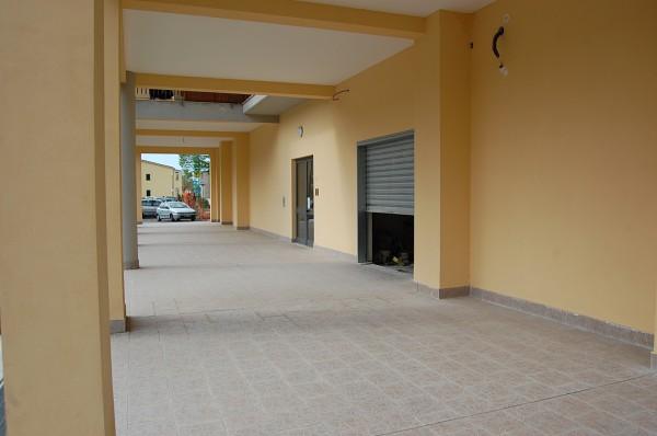 Locale Commerciale  in vendita a Fisciano, 90 mq - Foto 2