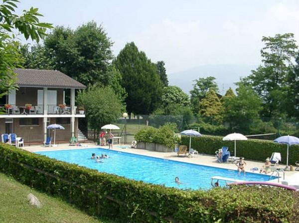 Villetta a schiera in vendita a Bregano, Residence Plan, Arredato, con giardino, 115 mq - Foto 1