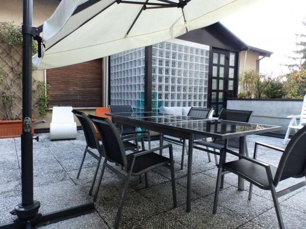 Casa indipendente in vendita a Carugo, Con giardino, 673 mq - Foto 1