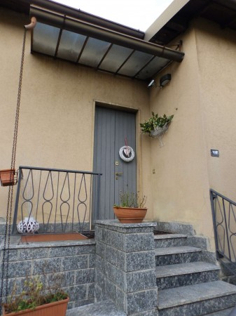Casa indipendente in vendita a Carugo, Con giardino, 673 mq - Foto 20