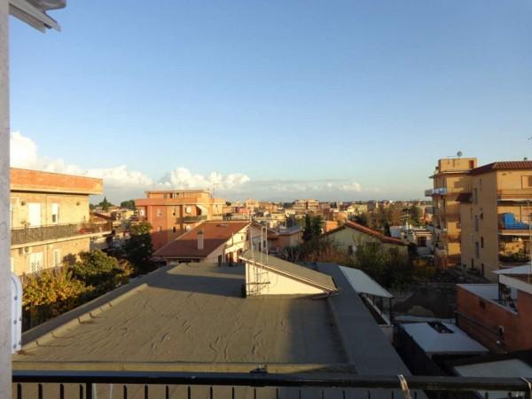 Appartamento in vendita a Roma, Montespaccato, 55 mq