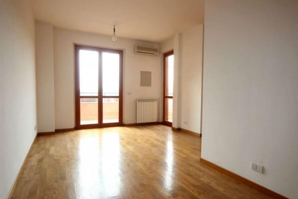Appartamento in vendita a Roma, Valle Muricana, 80 mq