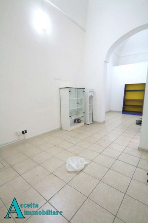 Locale Commerciale  in affitto a Taranto, Centrale, 85 mq - Foto 9