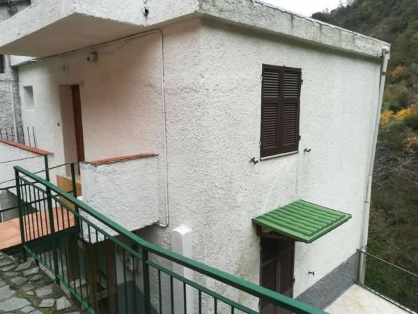 Appartamento in affitto a Avegno, Arredato, 80 mq