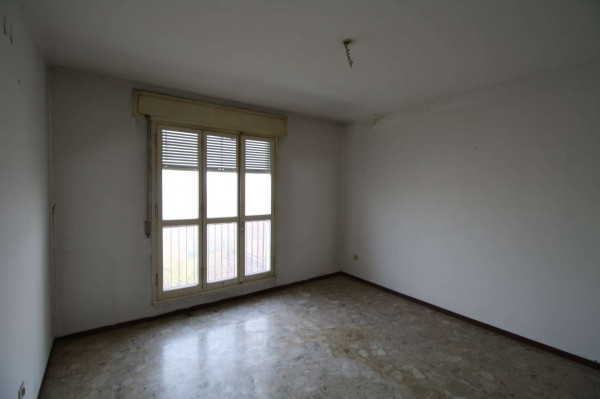 Appartamento in vendita a Milano, Famagosta, Con giardino, 95 mq