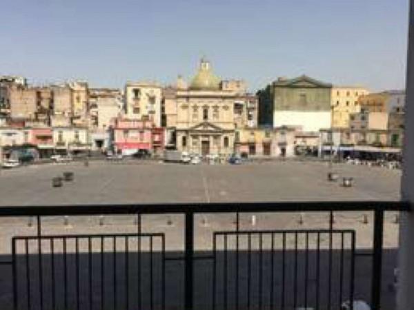 Negozio in vendita a Napoli, Mercato, 40 mq
