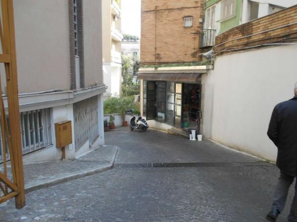 Locale Commerciale  in vendita a Napoli, Stazione Mergellina, 1000 mq - Foto 1