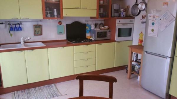 Appartamento in vendita a Sarzana, Sarzanello, Con giardino, 85 mq