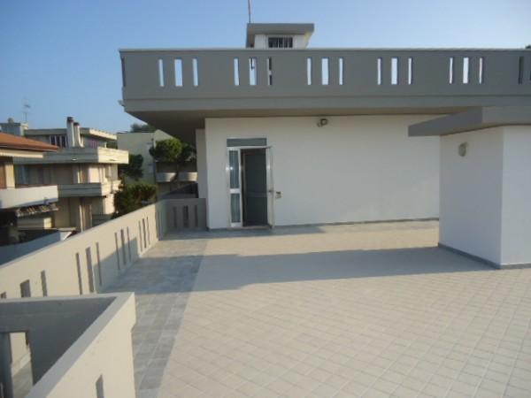 Appartamento in vendita a Tortoreto, Mare, 85 mq - Foto 1