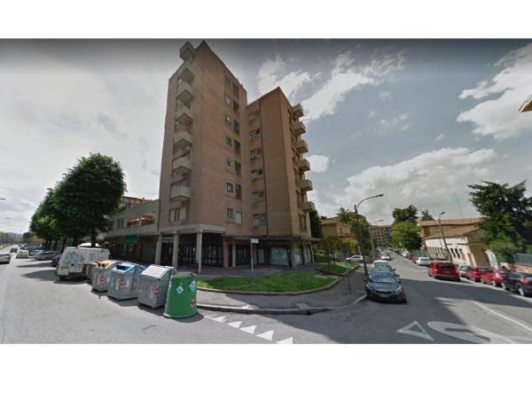 Quadrilocale in vendita a Bologna, Arno, 92 mq