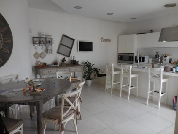 Appartamento in vendita a Napoli, San Lorenzo, 120 mq