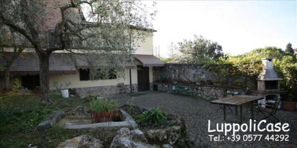 Appartamento in vendita a Siena, Con giardino, 90 mq