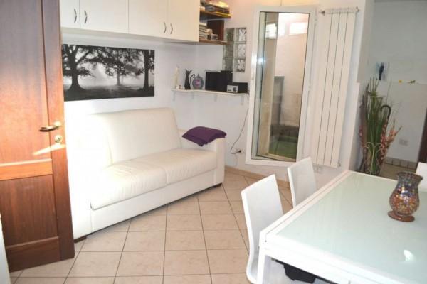 Appartamento in vendita a Roma, Ottavia, 45 mq