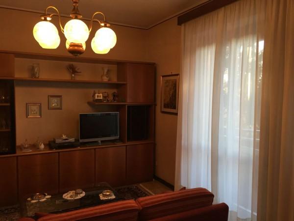 Appartamento in vendita a Varese, Residenziale, Con giardino, 75 mq