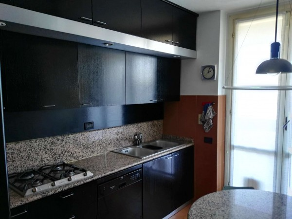Appartamento in affitto a Magenta, Ospedale, 140 mq