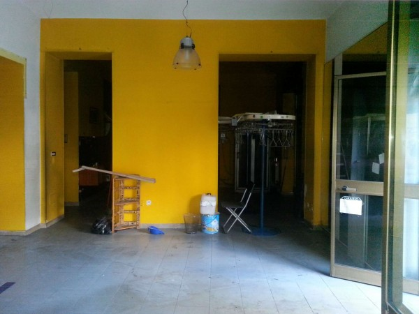 Negozio in vendita a Torino, Via Belfiore, 88 mq