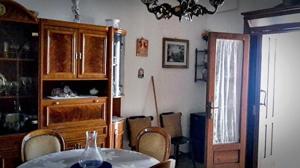 Casa indipendente in vendita a Carovigno, Centro Storico, 50 mq - Foto 2