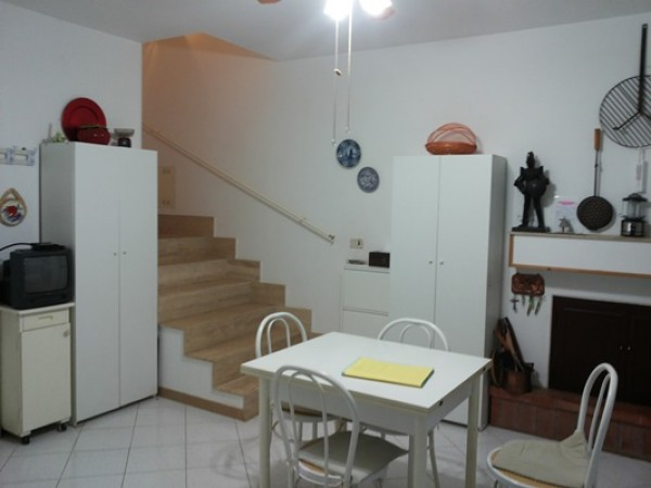 Villetta a schiera in vendita a Carovigno, Torre Santa Sabina, Con giardino, 260 mq - Foto 6