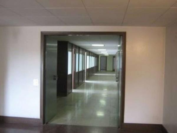 Appartamento in vendita a Novate Milanese, Viale Stelvio, 750 mq - Foto 2