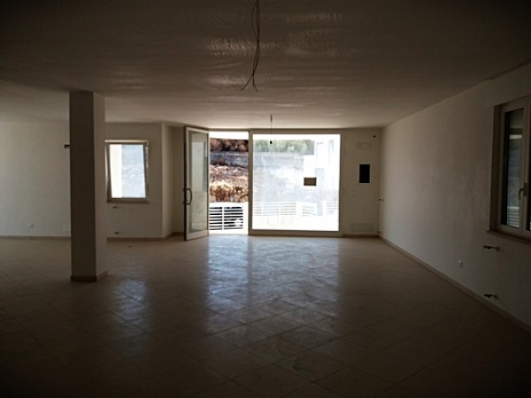 Locale Commerciale  in affitto a Carovigno, Centro, Con giardino, 120 mq - Foto 4