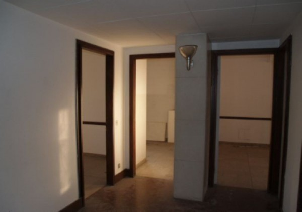 Ufficio in vendita a Novate Milanese, 750 mq - Foto 2