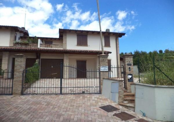 Villa in vendita a Maranello, Con giardino, 200 mq - Foto 2