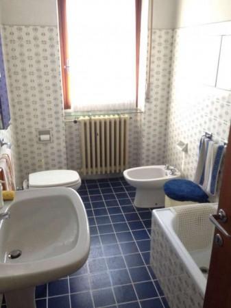 Casa indipendente in vendita a Lonate Pozzolo, Campo Sportivo, Con giardino, 250 mq - Foto 13