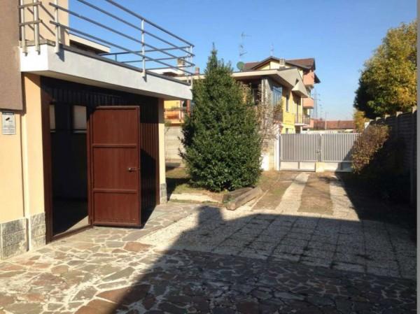Casa indipendente in vendita a Lonate Pozzolo, Campo Sportivo, Con giardino, 250 mq - Foto 27