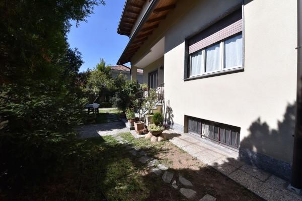 Villa in vendita a Legnano, Zona Castello Parco, Con giardino, 335 mq - Foto 2
