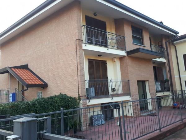 Appartamento in vendita a Cesate, Arredato, con giardino, 106 mq