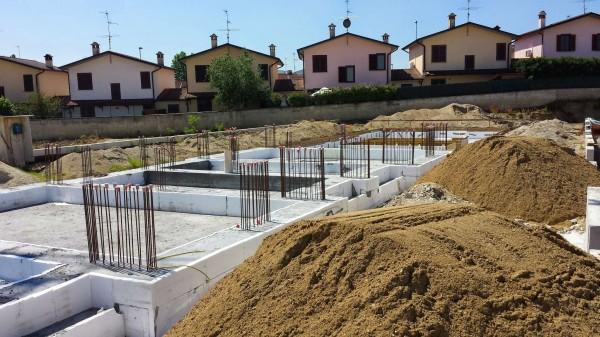 Villetta a schiera in vendita a Borghetto Lodigiano, Residenziale, Con giardino, 169 mq
